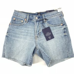 "Gap 5"" Denim Stretch Shorts"